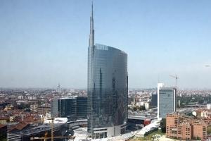 Grattanuvole, un secolo di grattacieli a Milano